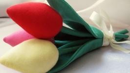Букет ярких тюльпанов Тильда