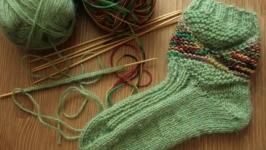 Что можно сделать из 2 мотков пряжи: три способа связать носки