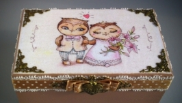 Шкатулка для обручальных колец Молодожены с иллюстрацией Инги Пальцер