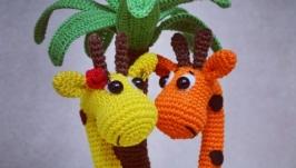 Вязаные веселые жирафики