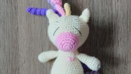 Вязаная игрушка единорог пони