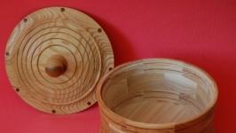 Декоративная деревянная емкость