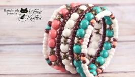 Широкий трехцветный браслет в стиле кэжуал. Бирюзовый, коралловый, белый