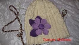Шапка с косами ручной работы вязаная спицами ′Первый снег′, cap of handmade