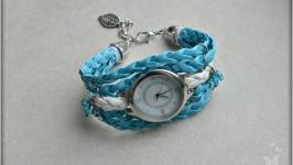Часы ′ В голубых облаках ′