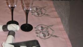 Лляна доріжка для столу ′Трилисник у серцях′