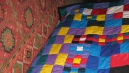 Продам лоскутное покрывало- одеяло (пэчворк)