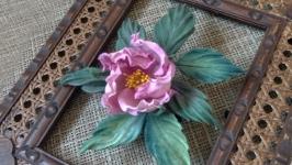 Нежная веточка розы из шелка
