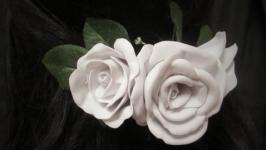 Заколка ′Белый розы′