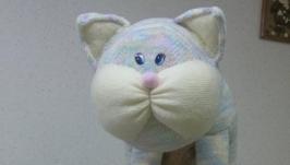 Кот интерьерный вязаный