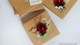 Подарочная коробочка с декором