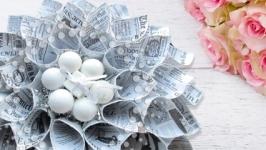 Эксклюзивное декоративное украшение Серебряный цветок из бумаги