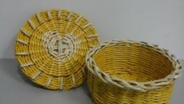Шкатулка из бумажной лозы желтая с сердцем
