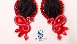 Сережки ручної роботи ′Love′