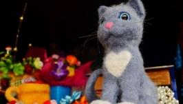 Котик игрушка
