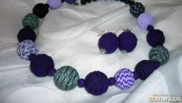 Осенний комплект бусы и сережки из полимерной глины в технике вязания.