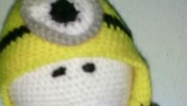 Пупс Йо-Йо в костюме Миньона.