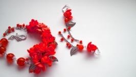 Красный браслет и серьги