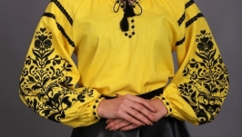 Женская вышиванка ′Дерево жизни′ (желтый лен, чёрная вышивка)