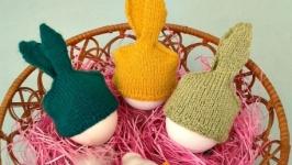 Пасхальный декор- шапочки-зайчики.