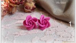 Серьги гвоздики ′Розы′ из полимерной глины