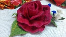 Брошка ′Троянда′2 вовноваляна