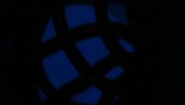 Бусины без отверстия синие (диаметр 14 мм), светятся в темноте