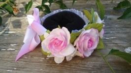 Украшение на пучек ′Розовые розы′