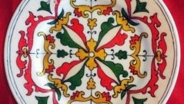 Декоративная тарелка с ручной росписью ′Cредневековье′
