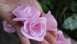 Бутоньерка для гостей Эустома розовая