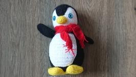 Вязаная игрушка Пингвин шапка Новый год