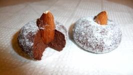 Трюфелі з молочного шоколаду з мигдалем
