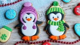 Пряник у вигляді пінгвіна в комплекті з рукавичкою