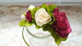 бордово-молочные цветы