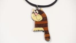 Кулон из дерева кот Позитивчик
