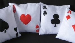 Декоративные подушки ′ карточные тузы′