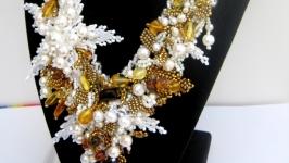 Красивое украшение из натуральных камней′Королевское′