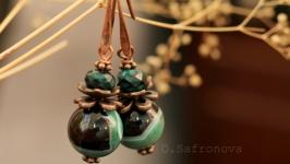 Серьги с зелеными агатами. Серьги с натуральными камнями