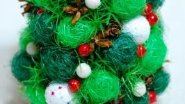 Новогодняя елка-топиарий ручной работы