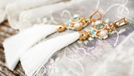 Сережки позолочені з натуральними перлами китиці