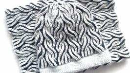 Комплект шапка и снуд в технике бриошь