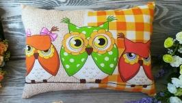 Подушка три совы (1 зеленая сова) ,  40 см * 28 см