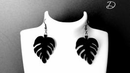 Серьги черные  ′Leaf beautiful′