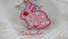 Брошь ′Розовый кролик′