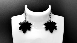 Серьги черные ′ Кленовый лист ′