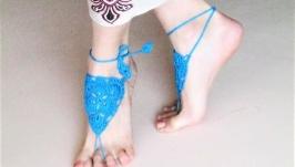 Вязанные босоногие сандалии