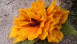 Брошка- заколка три цветка