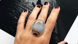 Серебряное квадратное кольцо с натуральным агатом