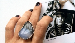 Женское кольцо с агатом