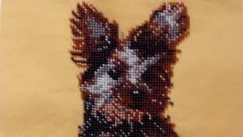 Картина, вышитая бисером ′Собачка в чашке′
